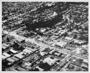 Aerial Photograph of the intersection of Wilshire Boulevard and Bundy Avenue in west Los Angeles