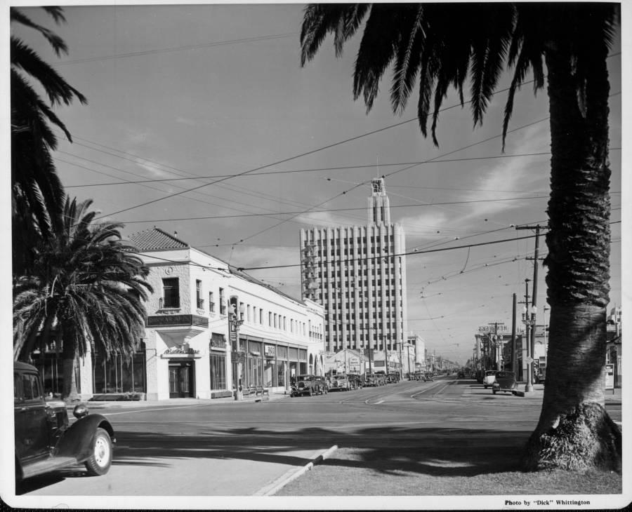 1929 - Palisades Park at Santa Monica Blvd looking east